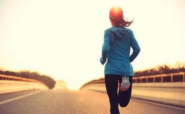 Cứ duy trì 3 không khi dậy sớm, 3 không trước khi đi ngủ đảm bảo sẽ khỏe mạnh sống lâu - Ảnh 1.