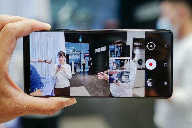 Galaxy S21 vừa tạo liền một lúc 2 dấu ấn trên thị trường điện thoại - Ảnh 1.