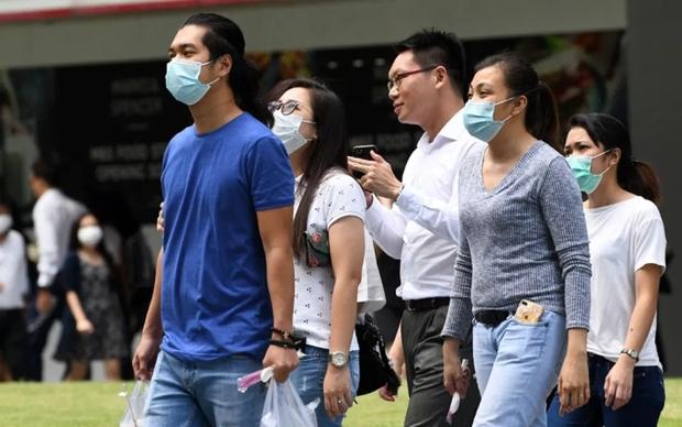Singapore: 3 người sốc phản vệ nặng sau khi tiêm vaccine Covid-19 - Ảnh 1.