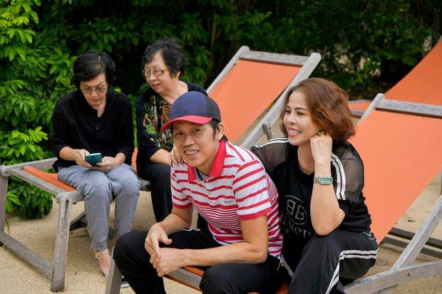 NS Hoài Linh trở lại với nét mặt gây chú ý sau thời gian tiều tuỵ vì NS Chí Tài qua đời, công chúng đồng loạt động viên - Ảnh 5.