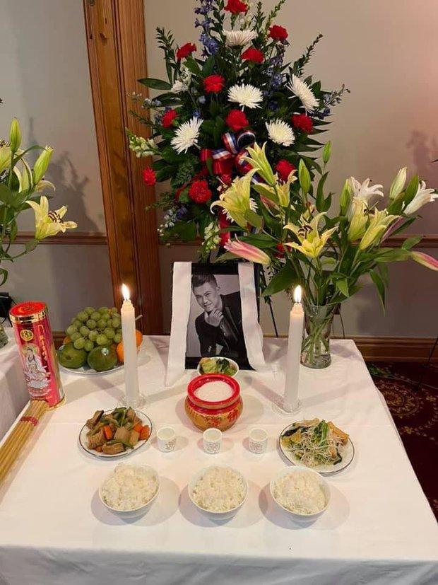 Tang lễ Vân Quang Long tại Mỹ: Phạm Quỳnh Anh và dàn sao Việt gửi lời tiễn biệt, vợ khóc thương khi nhìn thấy linh cữu chồng nơi xa - Ảnh 10.