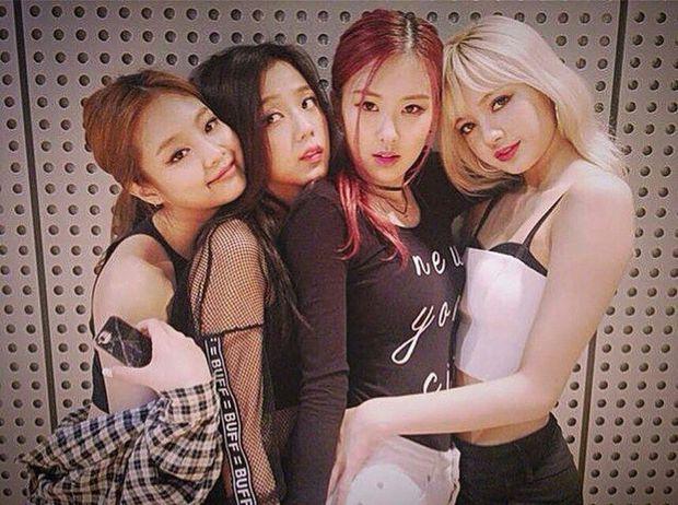 Hào quang của BLACKPINK hóa ra là áp lực trăm bề đối với Jisoo, là mỹ nhân của girlgroup hàng đầu nhưng chưa chắc đã sướng - Ảnh 2.
