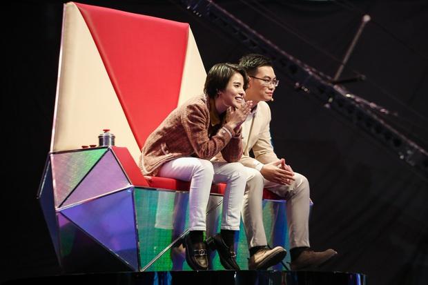Emily phải xin lỗi Lưu Hương Giang vì lỡ gây mất lòng trong tập 1 Giọng Hát Việt Nhí 2021 - Ảnh 3.