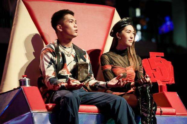 Emily phải xin lỗi Lưu Hương Giang vì lỡ gây mất lòng trong tập 1 Giọng Hát Việt Nhí 2021 - Ảnh 2.