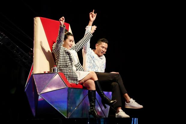 Emily phải xin lỗi Lưu Hương Giang vì lỡ gây mất lòng trong tập 1 Giọng Hát Việt Nhí 2021 - Ảnh 4.
