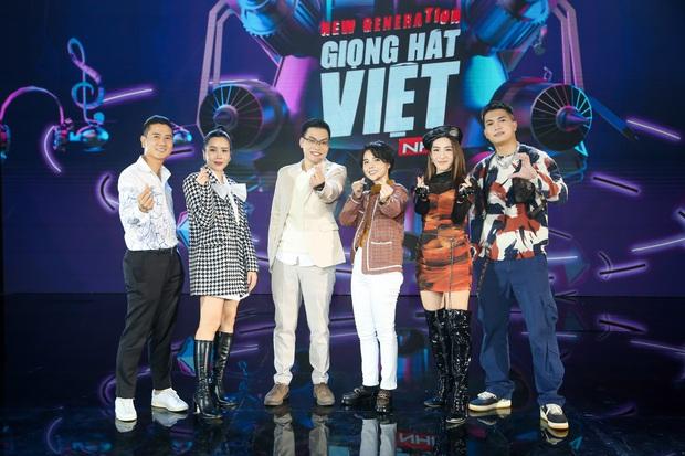 Emily phải xin lỗi Lưu Hương Giang vì lỡ gây mất lòng trong tập 1 Giọng Hát Việt Nhí 2021 - Ảnh 1.