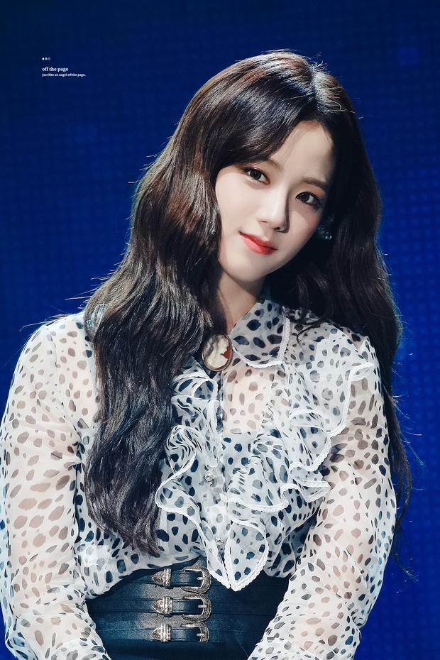 Hào quang của BLACKPINK hóa ra là áp lực trăm bề đối với Jisoo, là mỹ nhân của girlgroup hàng đầu nhưng chưa chắc đã sướng - Ảnh 8.