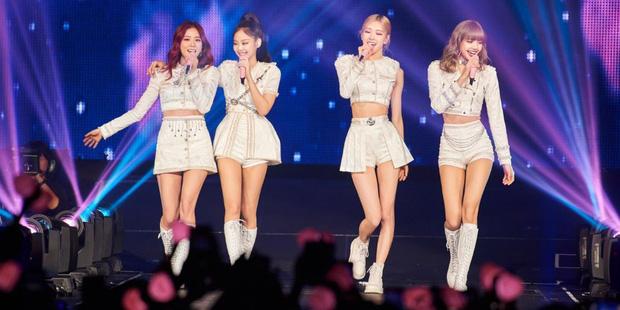 Hào quang của BLACKPINK hóa ra là áp lực trăm bề đối với Jisoo, là mỹ nhân của girlgroup hàng đầu nhưng chưa chắc đã sướng - Ảnh 17.