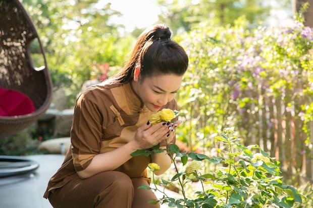 Bên trong căn biệt thự 220m2 của Nhật Kim Anh: Góc nào cũng toát lên sự giàu có, vườn cây ao cá đều đủ cả - Ảnh 8.