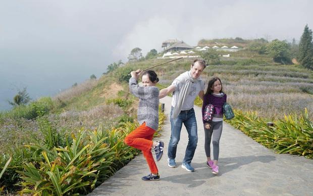 Tiết lộ mối quan hệ với bạn trai mới và chồng cũ, Hồng Nhung nhận cơn mưa lời khen vì cách nuôi dạy con quá tinh tế - Ảnh 2.