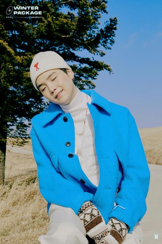 Top 30 idol hot nhất Kpop: Jennie (BLACKPINK) một mình chiến cả dàn nam thần, Jimin (BTS) có còn giữ được ngôi vương? - Ảnh 7.