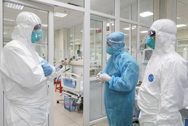 NÓNG: Phát hiện ca nhiễm Covid-19 mới trong cộng đồng, TP.HCM họp khẩn - Ảnh 1.