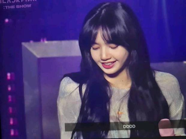Trước giờ G, fan nghe thấy giọng Yang Hyun Suk ở buổi tổng duyệt concert của BLACKPINK, phấn khích: Bố Yang đã về nhà rồi! - Ảnh 4.
