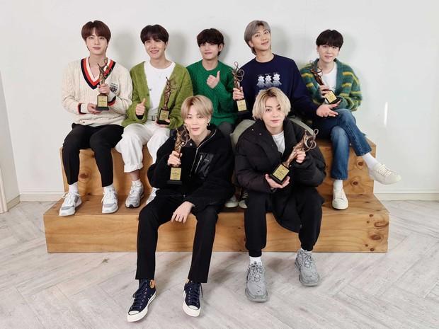 BTS hốt trọn giải, năm thứ 4 liên tiếp đạt Daesang của Seoul Music Awards; BLACKPINK trắng tay toàn tập trong khi TWICE, NCT 127... có giải - Ảnh 3.