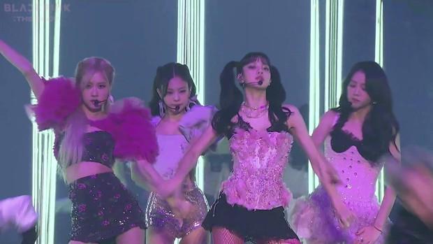 BLACKPINK bùng nổ bữa tiệc visual nóng bỏng tại THE SHOW: Lisa sexy hừng hực át cả Jennie, Jisoo - Rosé như tiên tử - Ảnh 30.