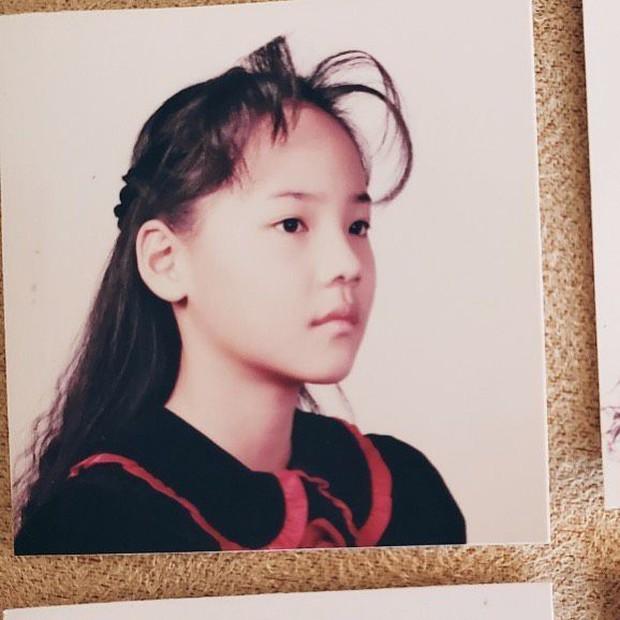 """""""Tiểu tam Penthouse"""" Eugene lộ ảnh tóc tai """"còn phèn"""" thời tiểu học, Knet ngỡ ngàng thốt lên: Đúng là nữ thần đẹp nhất nhà SM - Ảnh 2."""