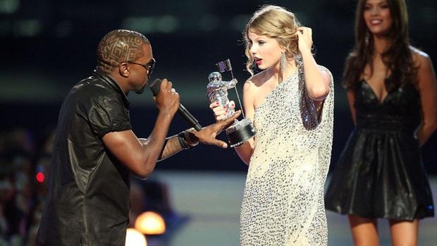 Nam ngôi sao gây phẫn nộ khi tái hiện khoảnh khắc Taylor Swift bị giật mic năm xưa trong MV mới nhằm tribute Kanye West - Ảnh 9.