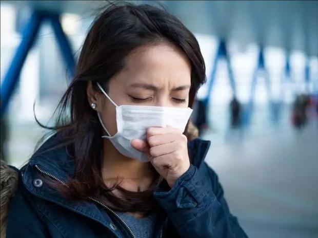 Khác biệt trong triệu chứng nhiễm biến chủng virus SARS-CoV-2 mới - Ảnh 2.