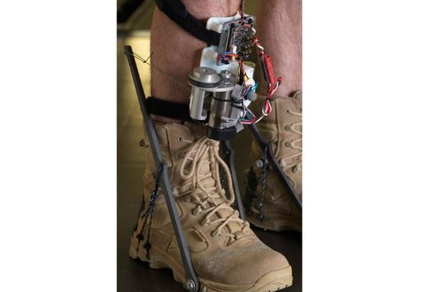 Quân đội Mỹ đang từng bước chế tạo ra bộ đồ Iron Man như thế nào? - Ảnh 6.