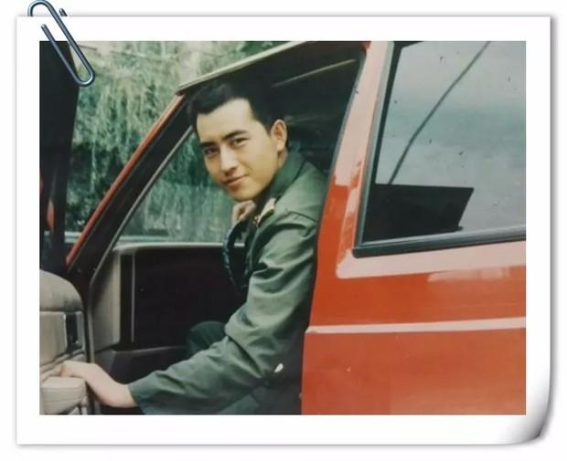 Tuổi trẻ chưa trải sự đời, xem album ảnh cũ của phụ huynh mà ngỡ photobook minh tinh ngày xưa - Ảnh 15.
