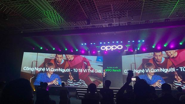 Triển lãm ra mắt siêu phẩm công nghệ: OPPO đồng hành cùng WeChoice Awards tôn vinh khoảnh khắc diệu kỳ của năm 2020 - Ảnh 1.