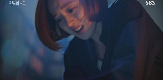 SỐC: Bà cả Penthouse bị tiểu tam một dao đâm chết ngay tập kế cuối, chuyện quái gì đang xảy ra vậy? - Ảnh 3.
