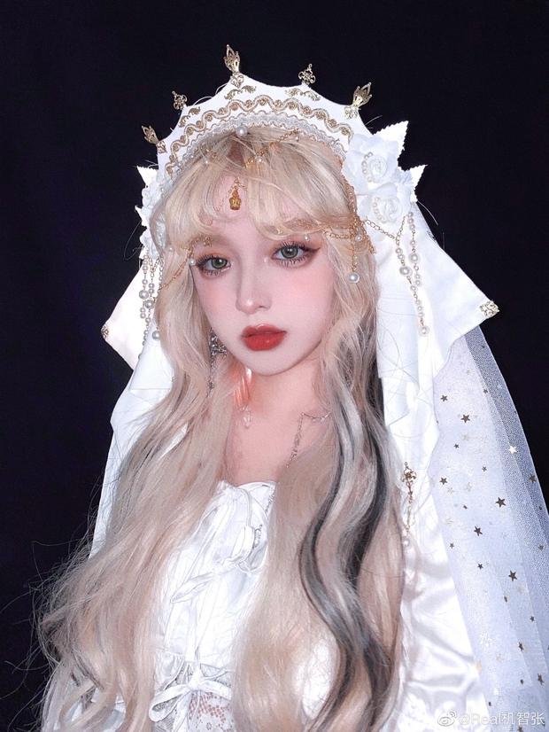 Top 10 hot girl khuấy đảo TikTok Trung Quốc: Dàn mỹ nhân xuyên không mang vẻ đẹp thiên thần, thánh hất tóc chưa phải là nhất - Ảnh 17.