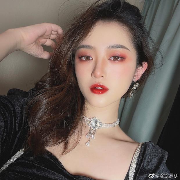 Top 10 hot girl khuấy đảo TikTok Trung Quốc: Dàn mỹ nhân xuyên không mang vẻ đẹp thiên thần, thánh hất tóc chưa phải là nhất - Ảnh 19.