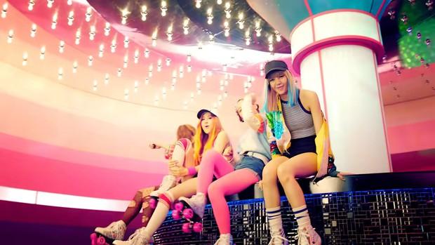 Là MV debut của BLACKPINK nhưng BOOMBAYAH có 10 bí mật không phải ai cũng biết, sự thật về tóc mái của Jisoo đảm bảo gây cười - Ảnh 13.