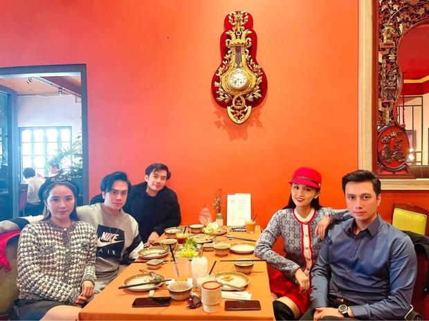 """Việt Anh lộ diện mạo ngày càng nữ tính hậu """"dao kéo"""", đến vợ cũ cũng phải để lại bình luận hoang mang - Ảnh 2."""