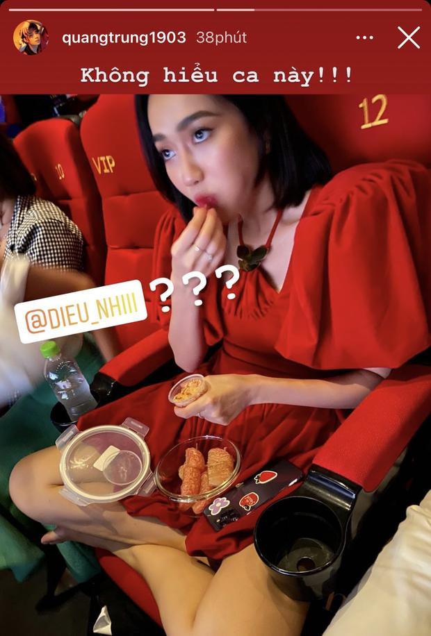 """Quang Trung đăng story """"bóc phốt"""" dáng ngồi kém duyên của Diệu Nhi khi dự sự kiện, netizen """"khẩu chiến"""" dữ dội vì 1 chi tiết? - Ảnh 4."""
