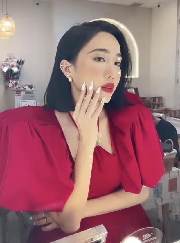 """Quang Trung đăng story """"bóc phốt"""" dáng ngồi kém duyên của Diệu Nhi khi dự sự kiện, netizen """"khẩu chiến"""" dữ dội vì 1 chi tiết? - Ảnh 2."""