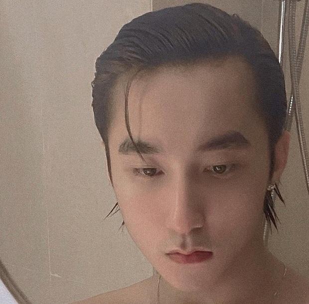 """Đăng 1 bức ảnh """"giường chiếu"""" sương sương, Sơn Tùng xác lập luôn kỷ lục mới của Việt Nam - Ảnh 3."""