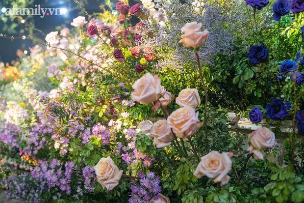 Mãn nhãn với đám cưới Vườn địa đàng concept truyện cổ tích Pháp, hơn 80 loài hoa trải dài lộng lẫy đến từng chi tiết - Ảnh 10.