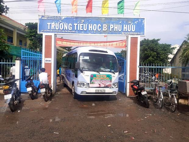 Mỗi chuyến xe từ tâm lăn bánh đều đánh dấu sự khởi hành tốt đẹp, tạo nên một Việt Nam diệu kỳ - Ảnh 8.