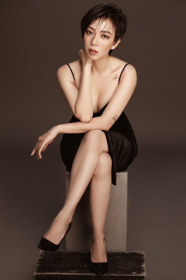 Thu Trang khoe ảnh lột xác gây xôn xao MXH, Tiến Luật xém nhận nhầm vợ thành Tóc Tiên nhưng may bẻ lái quá tài tình - Ảnh 2.