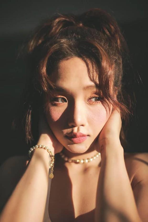 Miu Lê khoe loạt ảnh cận mặt nét căng nhưng khiến netizen hốt hoảng bởi lỗi làm đẹp chết người thường gặp của chị em - Ảnh 2.