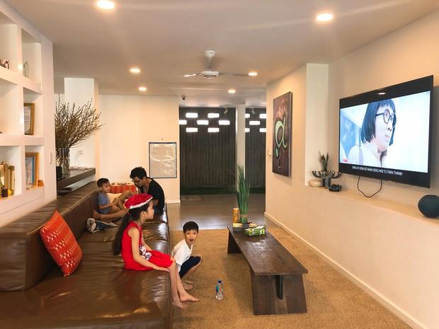 """Thăm nhà Hồ Ngọc Hà: Phòng khách rộng thênh thang có view bể bơi, phòng ngủ sang chảnh nhìn muốn """"xỉu ngang"""" - Ảnh 3."""