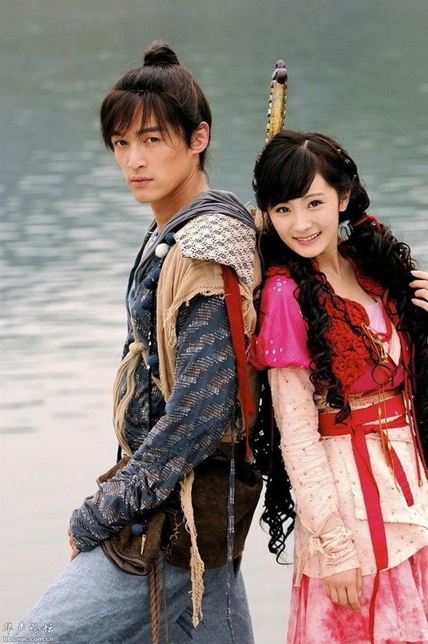 Triệu Lộ Tư - Dương Siêu Việt đua nhau làm Lưu Diệc Phi 2.0 ở loạt phim cổ trang kinh điển remake làm fan xỉu cả ngày - Ảnh 6.