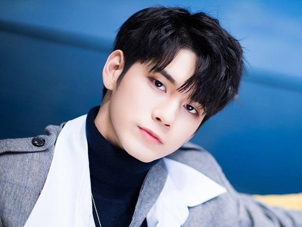 Mắt 2 mí xưa rồi, dàn idol nam mắt 1 mí này đang dẫn đầu xu hướng visual: Toàn nam thần, Jin và V (BTS) đạt đến tầm toàn cầu - Ảnh 7.