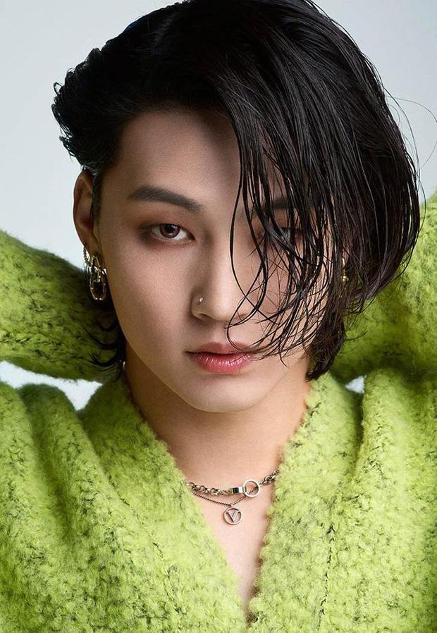 Mắt 2 mí xưa rồi, dàn idol nam mắt 1 mí này đang dẫn đầu xu hướng visual: Toàn nam thần, Jin và V (BTS) đạt đến tầm toàn cầu - Ảnh 13.