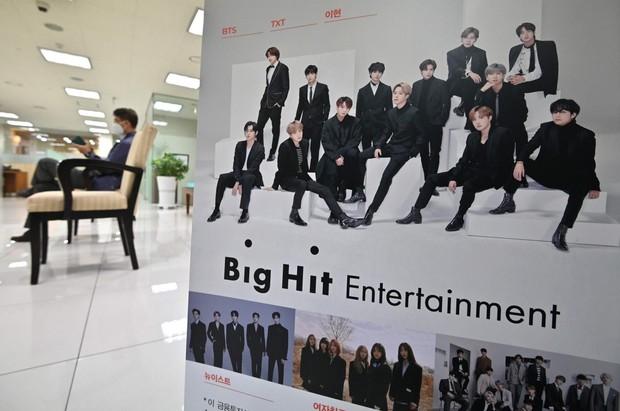 2 nhóm nhạc ở thế ngàn cân treo sợi tóc: Thành viên GOT7 lần lượt tìm công ty mới, MAMAMOO có động thái khiến fan lạc quan - Ảnh 12.