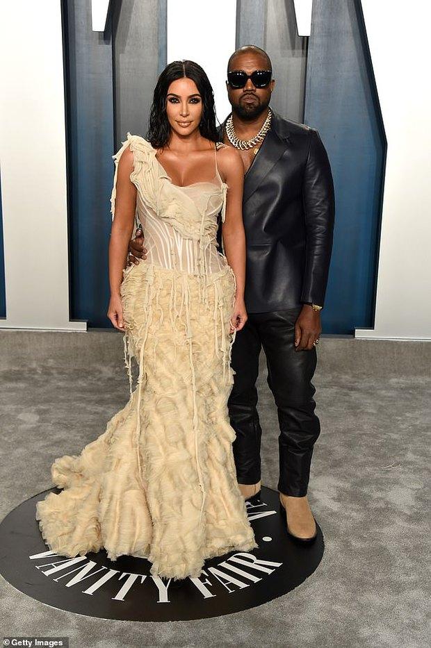 NÓNG: Kim Kardashian - Kanye West ly hôn sau 6 năm bên nhau? - Ảnh 3.