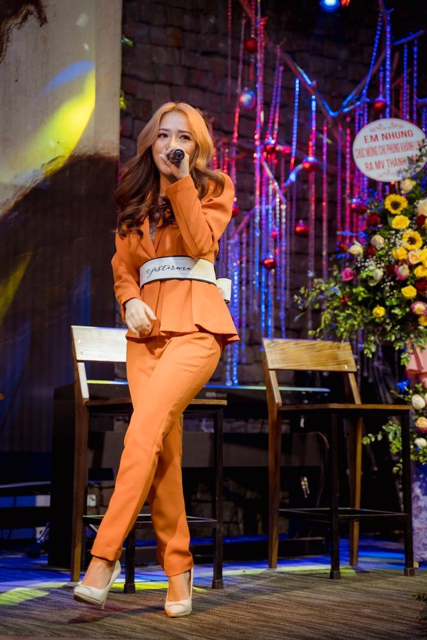 Phùng Khánh Linh lần đầu tiết lộ mặt trái khi về công ty mới, có tới 3 ca khúc trong album lấy cảm hứng từ crush - Ảnh 5.