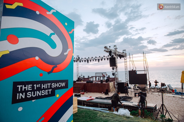 Ngây ngất sân khấu HOT14 WOW Sunset Fest: đắm mình tuyệt đẹp dưới hoàng hôn Phú Quốc, đỉnh cao của chill là đây chứ đâu! - Ảnh 12.