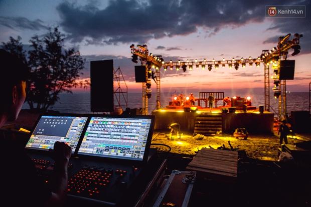 Ngây ngất sân khấu HOT14 WOW Sunset Fest: đắm mình tuyệt đẹp dưới hoàng hôn Phú Quốc, đỉnh cao của chill là đây chứ đâu! - Ảnh 16.