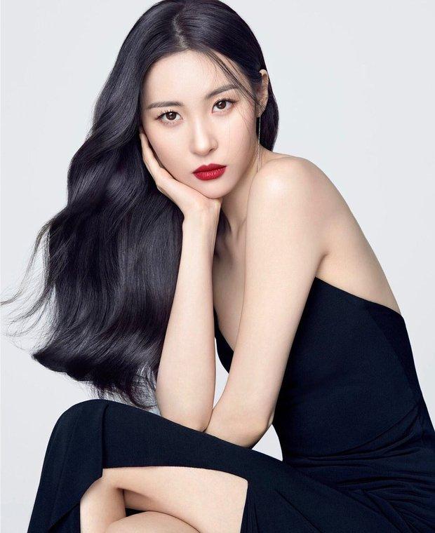 5 idol học diễn xuất ở trường Đại học: Jin (BTS) và Nayeon (TWICE) cùng trường, ngỡ ngàng nhất là nữ hoàng sexy Hyuna - Ảnh 5.