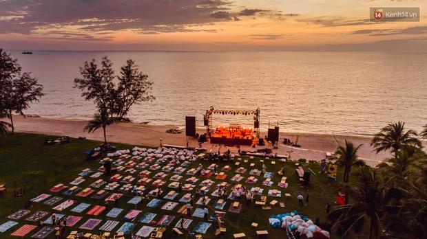 Ngây ngất sân khấu HOT14 WOW Sunset Fest: đắm mình tuyệt đẹp dưới hoàng hôn Phú Quốc, đỉnh cao của chill là đây chứ đâu! - Ảnh 18.