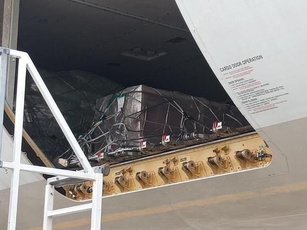 Chuyến bay cuối của Á hậu Philippines: Thi hài nằm lạnh lẽo trong quan tài được đưa về quê nhà, người thân khóc hết nước mắt tại tang lễ riêng tư - Ảnh 5.