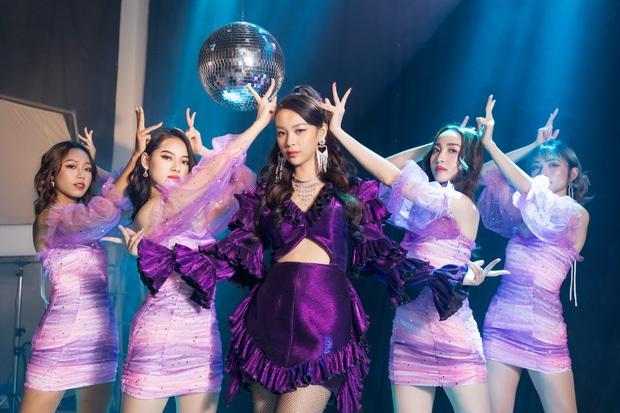 Dân mạng phản ứng MV debut của Phí Phương Anh: Tuyên bố đây là thảm hoạ Vpop còn khẳng định không có cửa so sánh với Chi Pu? - Ảnh 3.